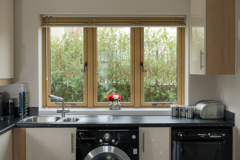 genesis flush casement windows hertfordshire